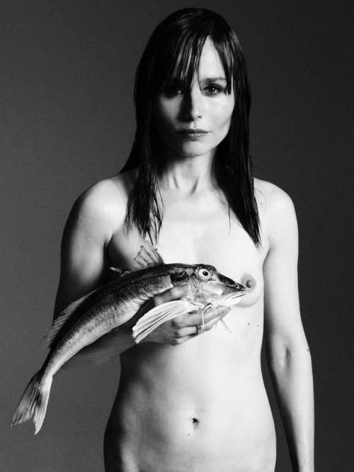 Tara+Fitzgerald+fishlove