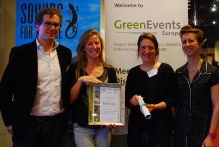 Das Fest collect their Greener Festival Award 2014