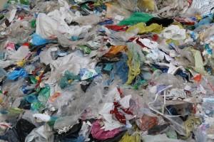 plastic-334546_960_720-300x200